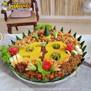 Pesan Nasi Tumpeng di Angke